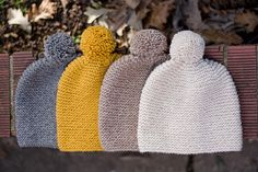 Garter Stitch Hat by Haley Scarpino ~ FREE pattern. This hat is thick and soft. The pattern is simple and quick. It's a perfect hat for winter. Loom Knitting, Knitting Patterns Free, Free Knitting, Baby Knitting, Crochet Patterns, Free Pattern, Sweater Patterns, Vintage Knitting, Stitch Patterns
