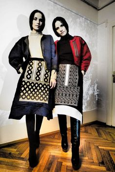Folk Fashion, Fashion Fabric, Ethnic Fashion, Europe Fashion, Fashion History, Traditional Fashion, Traditional Dresses, Fashion Shoot, Editorial Fashion