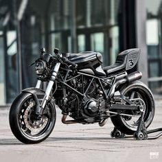 Ducati Cafe Racer, Cafe Racer Motorcycle, Motorcycle Gear, Cafe Racers, Traditional Frames, Supersport, Cool Motorcycles, Bike Art, Seat Pads