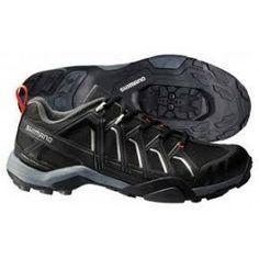Las Zapatillas Shimano MT34 son unas zapatillas diseñadas para usuarios que buscan un calzado técnico a un precio asequible. Se trata de unas zapatillas ideales para cicloturismo, ciclismo indoor, ciclismo recreativo, etc. En www.bikepolis.com, especialistas en accesorios para bicicletas y cubiertas mtb, por sólo 48,45€