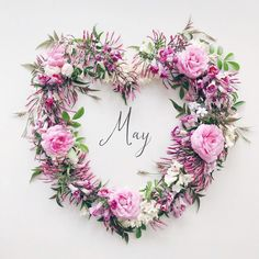May 1 2019 ・ ・ ・ Hello May🌿👋 ・ All flowers from my little garden🌸 It smells heavenly😍 ・ Today May We have the royal celebrations start… Month Flowers, All Flowers, My Flower, Flower Crown, Flower Art, Days And Months, Months In A Year, Neuer Monat, Hello June