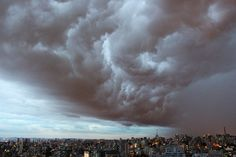 Storm - Storm coming to São Paulo- Brazil