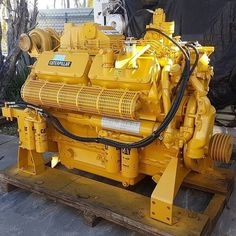 Dump Trucks, Cool Trucks, Big Trucks, Marine Engineering, Mechanical Engineering, Marine Diesel Engine, Cat Engines, Wooden Shipping Crates, Caterpillar Engines
