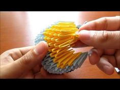 How to - Origami Minion 3d Origami Swan, Origami Art, Art Attak, Diy And Crafts, Paper Crafts, Paper Cut Design, Origami Bookmark, How To Make Origami, Recycling