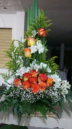 Hottest Totally Free Funeral Flowers with picture Strategies Regardless of whether you happen to be organizing or maybe attending, memorials are always some sort of sorrow. Tropical Floral Arrangements, Large Flower Arrangements, Christmas Flower Arrangements, Funeral Flower Arrangements, Altar Flowers, Church Flowers, Silk Flowers, Wedding Flowers, Dad Funeral Flowers