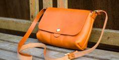 革のショルダーポーチ | 革小物のDuram Online Shop