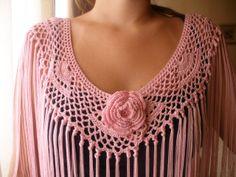 . mantonsillo Crochet Collar, Crochet Cardigan, Crochet Scarves, Diy Crochet And Knitting, Crochet Lace, Shawl Patterns, Crochet Patterns, Crochet Classes, Crochet Shawls And Wraps