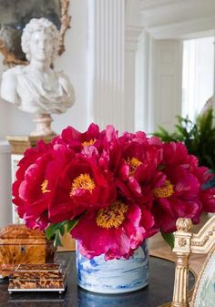 Chinoiserie Chic: Pink Flowers & Chinoiserie