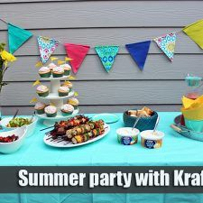 Recipe of skewers of meat and vegetables with Kraft dips, along with ideas for organizing a great Summer party with Kraft Dips Strawberry Sauce, Strawberry Cupcakes, Cupcake Mold, Strawberries And Cream, Dip Recipes, Skewers, Dips, Meat, Baking