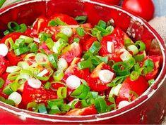 Rajčatový salát s lahůdkovou cibulkou Mexican, Ethnic Recipes, Food, Fine Dining, Essen, Meals, Yemek, Mexicans, Eten