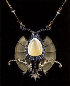 Rene Lalique (1860-1945) Ca. 1898-1900. Gold, glass, enamel, moonstone, sapphires, diamonds. Housed at Calouste Gulbenkian Museum, Lisbon