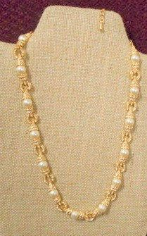 Jackie Kennedy GP Necklace with Pearls Crystals Box and