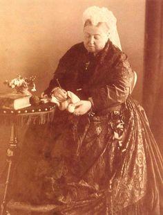 Queen Victoria crocheting (1889)