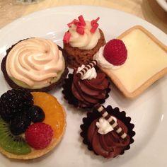 1900 Park Fare dessert.