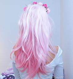 Gorgeous pale pale pink hair, faded into darker pink tips