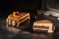 Chocolate, hazelnut and praline entremets · Cooking me softly Hazelnut Praline, Chocolate Hazelnut, Layered Desserts, Fancy Desserts, Cake Boss Recipes, Dessert Recipes, Orange Zest Cake, Entremet Recipe, Desserts With Biscuits