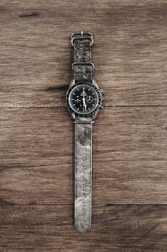 Omega with Suigeneric strap