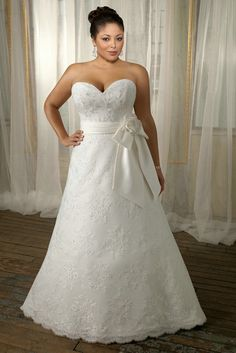 Sweetheart A Line Simple Design Wedding Dress 2012 Plus Size With Lace Appliques
