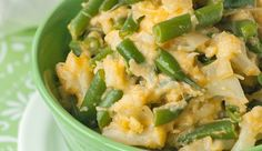 HEALTHY & CHEESY GREEN BEANS & CAULIFLOWER  1 lb green beans 1 head or 1.5 lbs cauliflower 3/4 cup skim milk 2 cups low fat mozzarella cheese, shredded 2 tbsp whole wheat flour 2 tsp coconut oil 1 onion, finely chopped 8-10 cloves garlic, crushed 2 tsp paprika Salt and pepper to taste (I added 1/5 of tsp)
