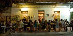 12 αθηναϊκά καφενεία για καφέ στη λιακάδα Cafe Shop, Cafe Bar, Sidewalk Cafe, Coffee Carts, Coffee Places, Greek Culture, Athens Greece, The Neighbourhood, Nostalgia