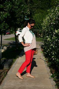 Grávida e fashion: looks para dar uma forcinha novisú