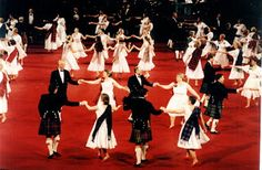 Harrogate Saltire Scottish Country Dance Club: Angela Rippon says dancing is best!!