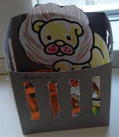 Dier in kooi  De kinderen prikken de tralies uit, kleuren een dier en plakken deze in de kooi. Safari Adventure, 3d Craft, Kindergarten Science, Circus Theme, Animal Crafts, Classroom Activities, Book Crafts, Wildlife, School