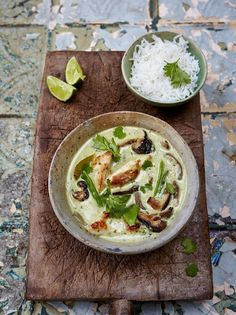 Thai green chicken curry (from Jamie Oliver); I cannot WAIT to try it! #thaifoodrecipes