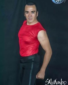 Óscar Mojica instructor de Salsa y ritmos latinos en Salsambo Cancún