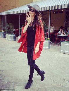 Looking lovely: Nicole Trunfio