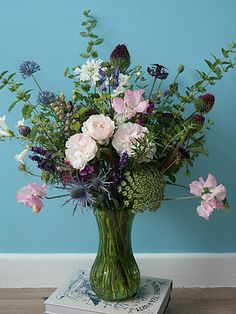 Bespoke wedding floristry by a freelance florist in Kent. Specialising in vintage wedding flowers, including vintage vase hire and British flowers. Summer Flowers, Cut Flowers, Wild Flowers, Vintage Wedding Flowers, Rose Wedding, Sea Holly, British Flowers, Seasonal Flowers, Vintage Vases