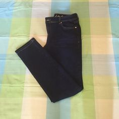 inc Denim Skinny Leg Regular Fit inc Denim Skinny Leg Regular Fit Size 8 Inseam 31. 93% Cotton 7% Polyester. These have never been worn but they were washed. INC International Concepts Jeans Skinny