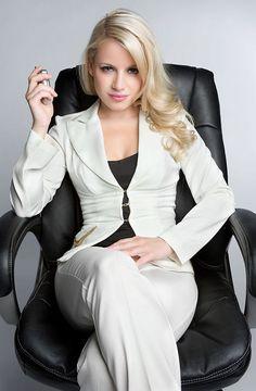 Hilfe, mein Boss ist eine Frau! – Sind Frauen die besseren Managerinnen?