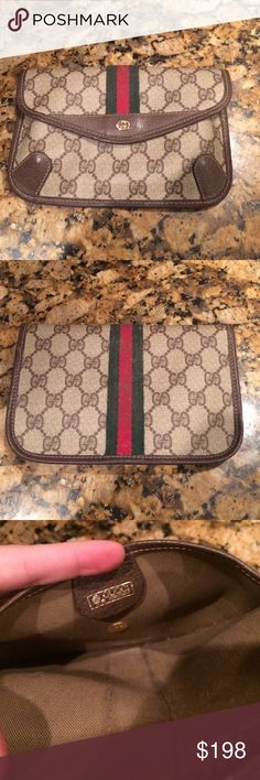 Auth vintage gucci pouch perfect awesome Absolutely perfect condition inside shows some signs of vintage age-otherwise perfect. stitching is awesome, corners awesome. Great for make up, a clutch, or just to have as a purse pouch. Gucci Bags