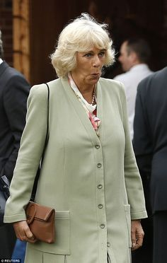 Camilla is idiot twisted brain damage does her best Frankie Howerd impression during her day at the York races Ugly Pics, Charles X, English Monarchs, Camilla Duchess Of Cornwall, English Royal Family, Camilla Parker Bowles, Prince Charles And Camilla, Elisabeth Ii, Royals