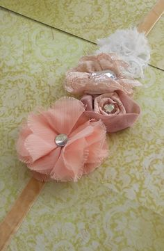 shabby sash belt for my belly Bridesmaid Accessories, Girls Hair Accessories, Maternity Sash, Maternity Fashion, Newborn Pictures, Newborn Pics, Sash Belts, Diy For Girls, Girl Shower