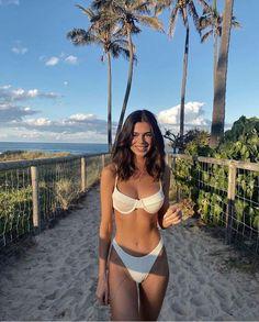 Brasilianischer Bikini, Bikini Poses, Bikini Girls, Skinny Girls Bikini, Bikini Ready, Blue Bikini, Mädchen In Bikinis, Cute Bikinis, Girls In Bikinis