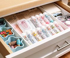 Tired of your cluttered work space, but need to keep supplies handy? Compartmentalized containers organize essentials within reach, and shallow drawers prevent the urge to stack, making it easier to see available supplies quickly./