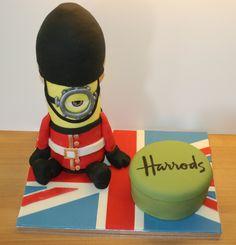 London themed minion cake