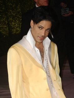 Picture Taken At 2007 Vanity Fair Oscar Party                                                                    Princes Ethnicity Ancestors Born Slaves