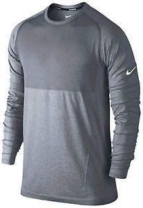 La camisa de mangas largas