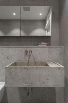 Modern bathroom inspiration by COCOON   minimalist bathroom design products by COCOON   sturdy stainless steel bathroom taps   bathroom design & renovation   villa & hotel design projects   Dutch Designer Brand COCOON