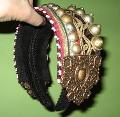belly dance headbands Google Image Result for http://stephaniebarto.com/images/308kuchibuttonheadband.jpg