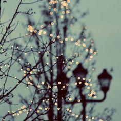 Ainda lembro quando o natal era bom. Quando a gente cresce tudo vai perdendo o encanto.