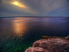 Beautiful coloured waters around Manitoulin Island, Ontario