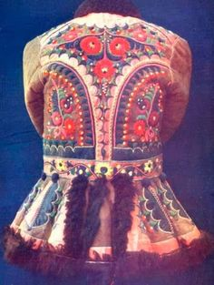 Hungarian Embroidery Hungarian jacket detail on leather ködmön Hungarian Embroidery, Folk Embroidery, Learn Embroidery, Embroidery Patterns, Folklore, Leather Embroidery, Coat Of Many Colors, Braided Line, Gypsy Warrior