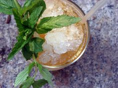 A Mint Julep | 21 Cocktails You Should Learn To Make In Your Twenties