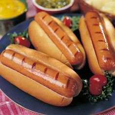 great, authentic taste of a deli-style hotdog, Omaha Steaks Gourmet Jumbo Franks are just the ticket.