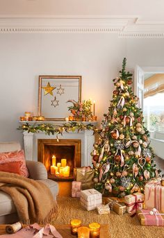 55 Cute Flocked Farmhouse Christmas Tree For 2019 These trendy HomeDecor ideas would gain you amazing compliments. Check out our gallery for more ideas these are trendy this year. Christmas Fireplace, Christmas Room, Christmas Mantels, Pink Christmas, Christmas Tree Decorations, Christmas Tree Ornaments, Christmas Holidays, Holiday Decor, Christmas Wonderland