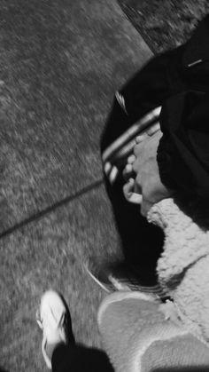 wallpaper couple M - Lara Jean - wallpaper Couple Wallpaper Relationships, Couple Goals Relationships, Relationship Goals Pictures, Relationship Questions, Couple Tumblr, Tumblr Couples, Lara Jean, Rauch Fotografie, Story Instagram